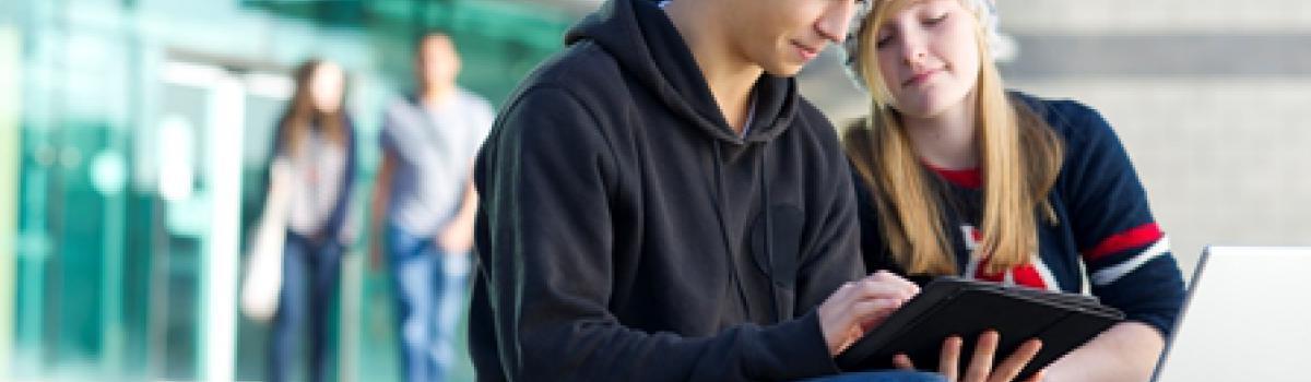 Flere unge ryger