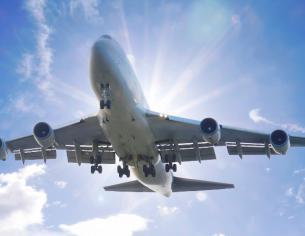 For læger og lægestuderende: Søg støtte til rejser